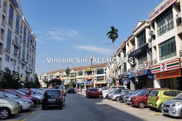 For Sale Shop at USJ 9, UEP Subang Jaya Freehold Unfurnished 0R/0B 2.75m