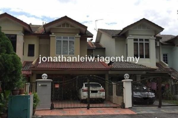 For Sale Terrace at Taman Wawasan, Pusat Bandar Puchong Freehold Semi Furnished 4R/3B 850k