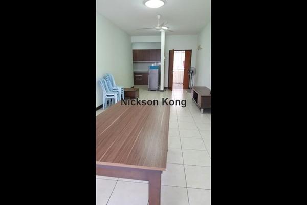 For Sale Condominium at Cova Villa, Kota Damansara Leasehold Semi Furnished 3R/2B 500k