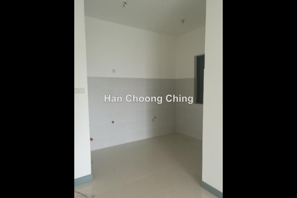 For Sale Serviced Residence at South View, Bangsar South Freehold Semi Furnished 1R/1B 600k