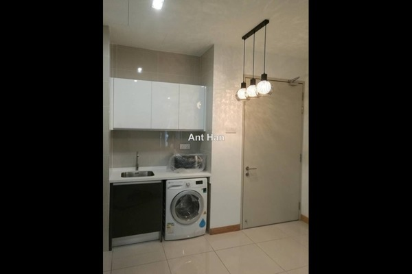 For Rent Serviced Residence at KL Gateway, Bangsar South Leasehold Semi Furnished 1R/1B 2.2k