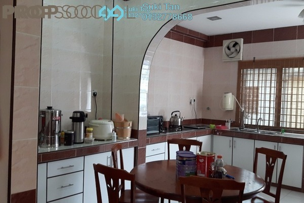 For Sale Terrace at Kepong Baru, Kepong Freehold Semi Furnished 3R/2B 690k