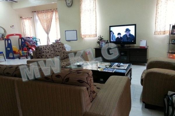 For Sale Terrace at Bandar Bukit Tinggi 2, Klang Freehold Fully Furnished 6R/4B 998k