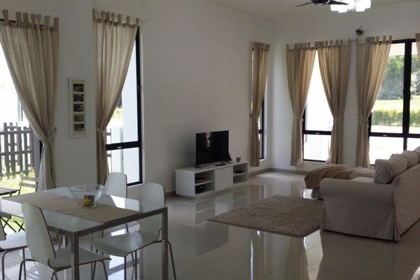 For Rent Semi-Detached at Setia EcoHill, Semenyih Freehold Fully Furnished 4R/4B 2.5k