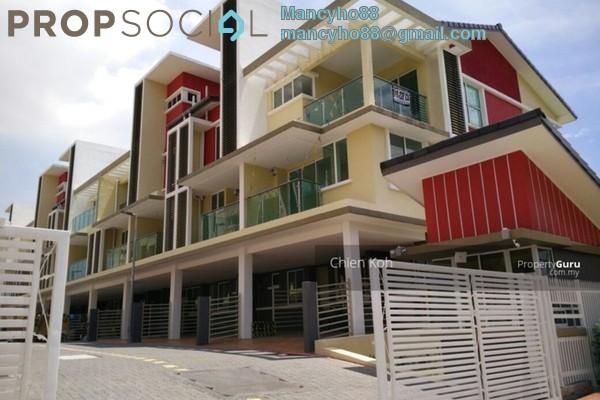 For Sale Terrace at Kampung Kayu Ara, Bandar Utama Freehold Semi Furnished 4R/4B 948k