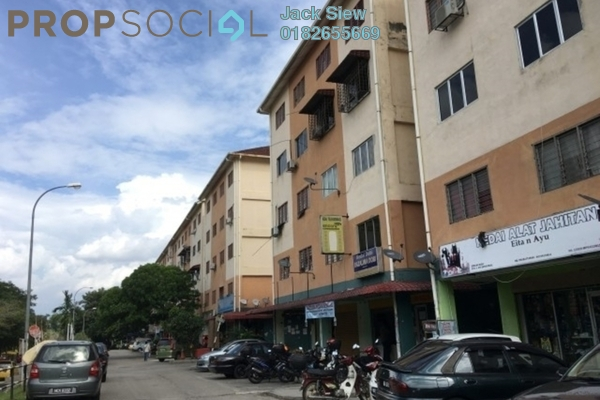 For Sale Apartment at Mawar Jaya Apartment, Bandar Putra Permai Freehold Semi Furnished 3R/2B 68k