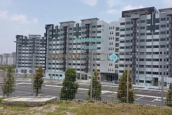 For Sale Condominium at Suria Rafflesia, Setia Alam Freehold Unfurnished 3R/2B 275k