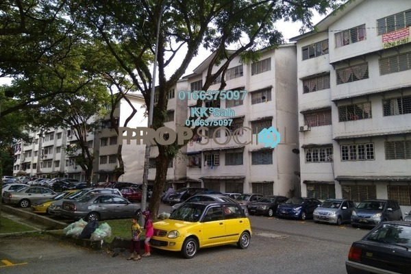 For Sale Apartment at Sri Cempaka Flat, Bandar Sri Damansara Freehold Semi Furnished 3R/1B 99k