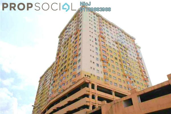 For Sale Condominium at Serdang Skyvillas, Seri Kembangan Freehold Semi Furnished 3R/2B 280k