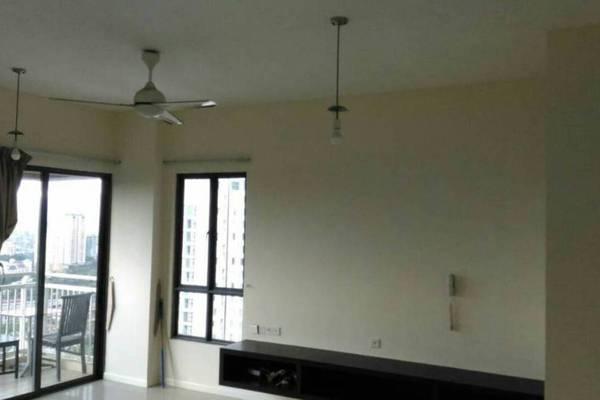 For Sale Condominium at Casa Kiara II, Mont Kiara Freehold Semi Furnished 3R/3B 950k