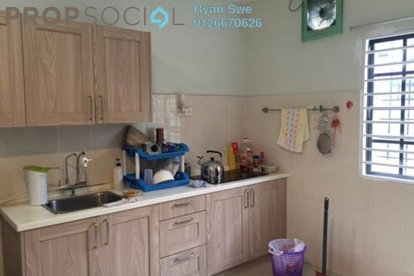 For Sale Terrace at Taman Bukit Desa, Kepong Freehold Semi Furnished 4R/3B 720k