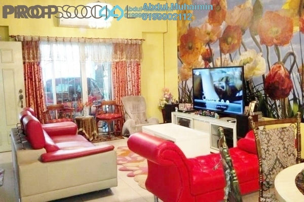 For Sale Terrace at Taman Selasih, Batu Caves Freehold Semi Furnished 4R/3B 845k