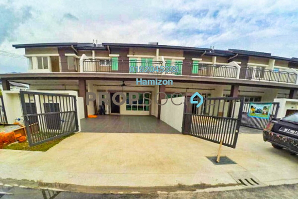 For Sale Terrace at Taman Adenium, Bukit Beruntung Freehold Semi Furnished 4R/3B 459k