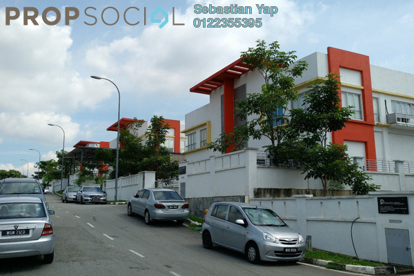 For Sale Factory at Taman Perindustrian Bukit Serdang, Seri Kembangan Freehold Unfurnished 0R/0B 5.5m