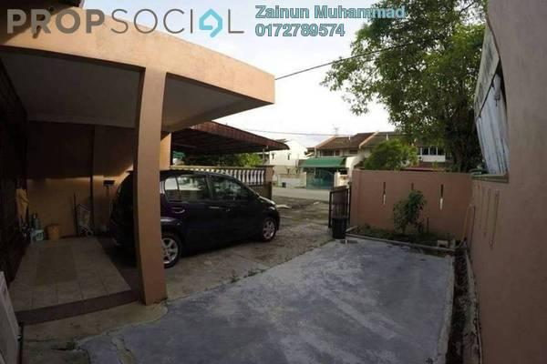 For Rent Terrace at Taman Sri Serdang, Seri Kembangan Freehold Semi Furnished 3R/2B 1.3k