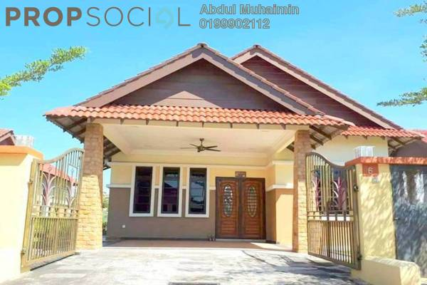 For Sale Bungalow at Kampung Lombong, Shah Alam Freehold Semi Furnished 4R/3B 680k
