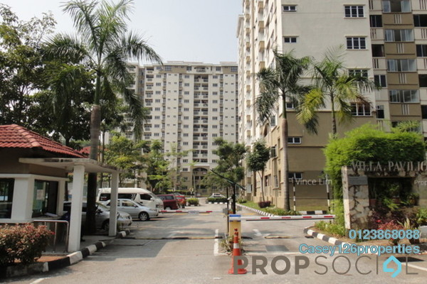 For Sale Condominium at Villa Pavilion, Seri Kembangan Freehold Semi Furnished 3R/2B 430k