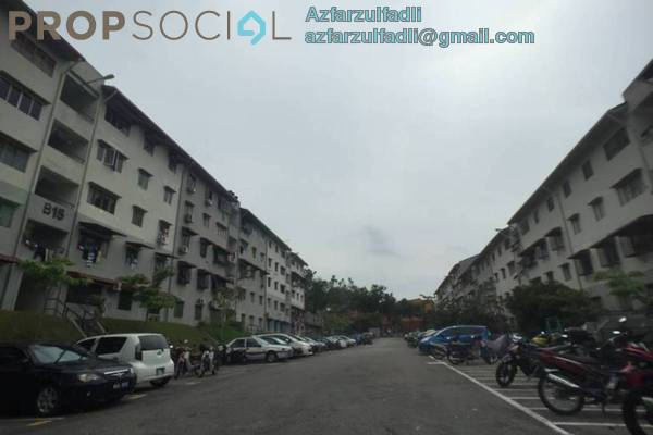 For Sale Apartment at Putra Permai Apartment, Bandar Putra Permai Freehold Unfurnished 3R/2B 168k