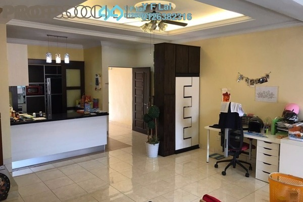 For Sale Townhouse at Taman Lagenda Mas, Cheras South Freehold Semi Furnished 4R/3B 700k