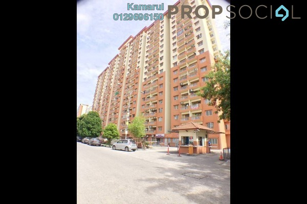 For Sale Apartment at Sri Cempaka Apartment, Kajang Freehold Semi Furnished 3R/2B 310k