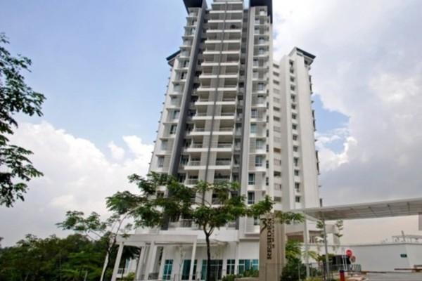 For Sale Condominium at 3 Residen, Melawati Freehold Semi Furnished 3R/2B 630k