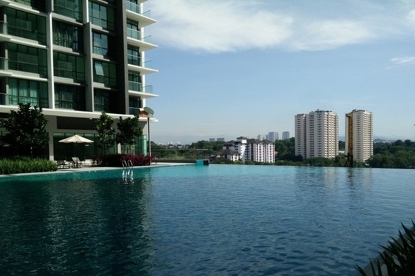 For Sale Condominium at The Z Residence, Bukit Jalil Freehold Semi Furnished 3R/2B 700k
