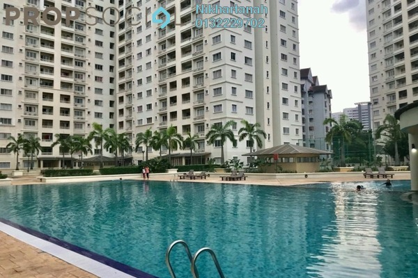 For Sale Condominium at SuriaMas, Bandar Sunway Freehold Fully Furnished 4R/2B 500k