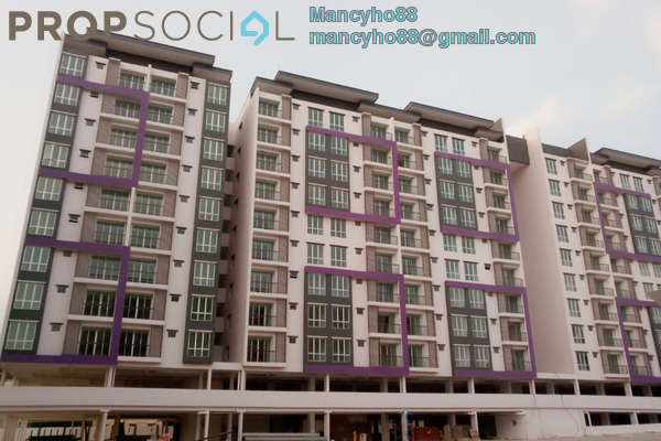For Sale Apartment at Green Suria Apartment, Bandar Tun Hussein Onn Freehold Semi Furnished 4R/2B 375k