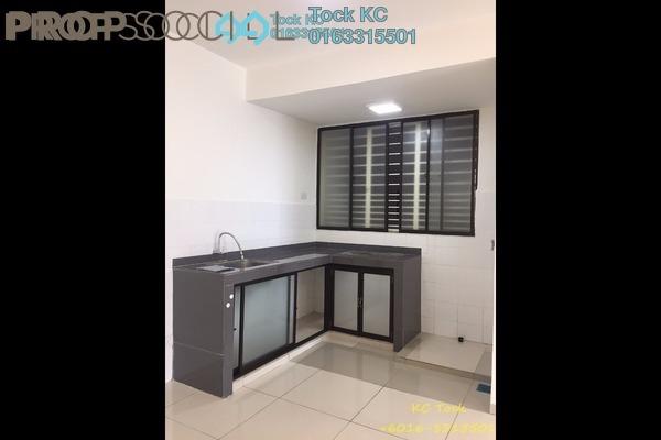 For Rent Serviced Residence at Zeva, Bandar Putra Permai Freehold Semi Furnished 2R/2B 1.2k