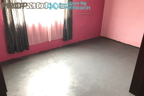 For Sale Terrace at Taman Impian Ehsan, Balakong Leasehold Semi Furnished 3R/1B 390k