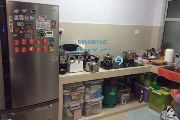 For Sale Condominium at Hijauan Puteri, Bandar Puteri Puchong Freehold Semi Furnished 3R/2B 495k