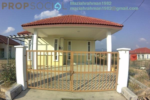 For Sale Bungalow at Lenggeng, Negeri Sembilan Freehold Unfurnished 4R/2B 440k