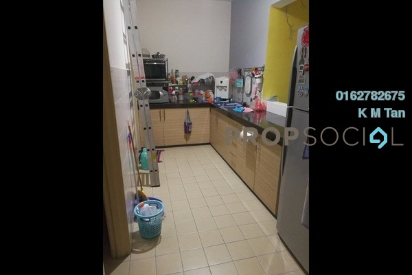 For Sale Condominium at Aman Heights, Seri Kembangan Freehold Semi Furnished 3R/2B 428k