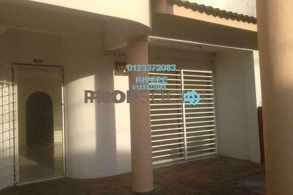 For Sale Terrace at Taman Bukit Desa, Kepong Freehold Semi Furnished 4R/3B 750k