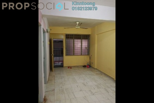 For Sale Condominium at Taman Bukit Serdang, Seri Kembangan Freehold Unfurnished 3R/2B 180k