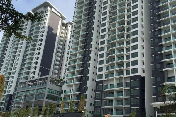 For Sale Condominium at KL Palace Court, Kuchai Lama Freehold Fully Furnished 3R/2B 500k