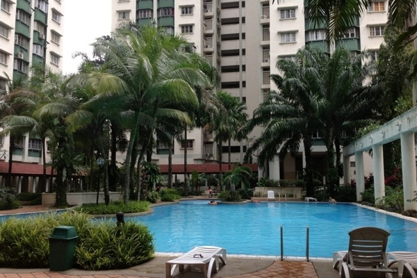 For Sale Condominium at Danau Impian, Taman Desa Freehold Semi Furnished 2R/2B 460k