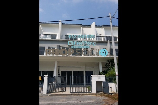 For Rent Terrace at Kampung Rawang Tin, Rawang Freehold Semi Furnished 2R/2B 1.2k