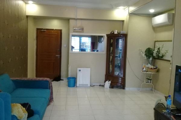 For Sale Condominium at Menara Menjalara, Bandar Menjalara Freehold Semi Furnished 3R/2B 450k