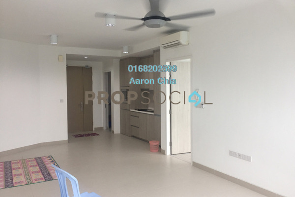 For Rent Serviced Residence at AraGreens Residences, Ara Damansara Freehold Semi Furnished 2R/1B 1.8k