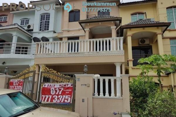 For Rent Terrace at Taman Wangsa Permai, Kepong Freehold Semi Furnished 6R/4B 1.8k