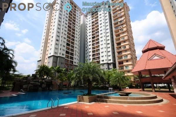 For Sale Condominium at Kelana Mahkota, Kelana Jaya Freehold Semi Furnished 4R/2B 730k