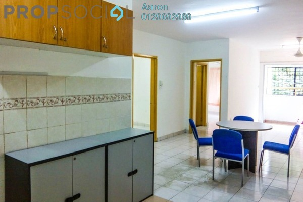 For Sale Condominium at Flora Damansara, Damansara Perdana Freehold Fully Furnished 3R/2B 215k