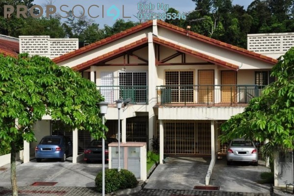 For Rent Townhouse at Jalan Equine, Equine Park Freehold Semi Furnished 3R/3B 1.35k