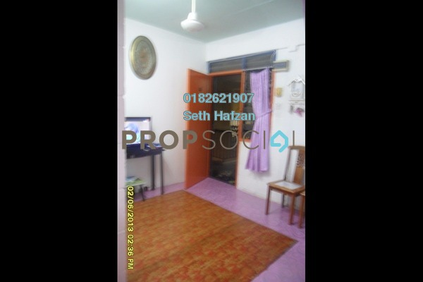 For Sale Apartment at Julia Apartment, Batu Caves Freehold Unfurnished 2R/1B 99k