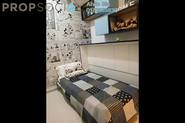 For Sale Condominium at The Edge Residen, Subang Jaya Freehold Semi Furnished 3R/2B 580k