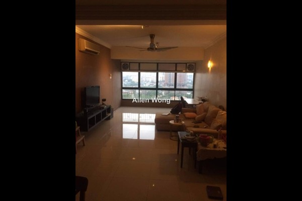 For Sale Condominium at Fraser Towers, Gasing Heights Freehold Semi Furnished 3R/3B 720k