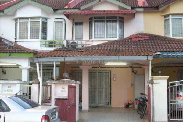 For Sale Terrace at Taman Connaught, Cheras Leasehold Semi Furnished 5R/3B 670k
