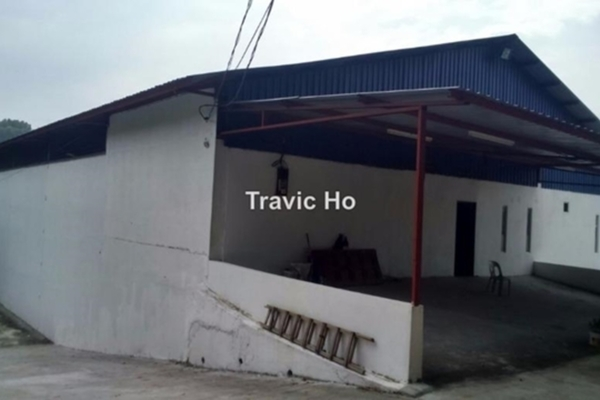 For Rent Factory at Kampung Melayu Subang, Subang Leasehold Unfurnished 2R/2B 12k