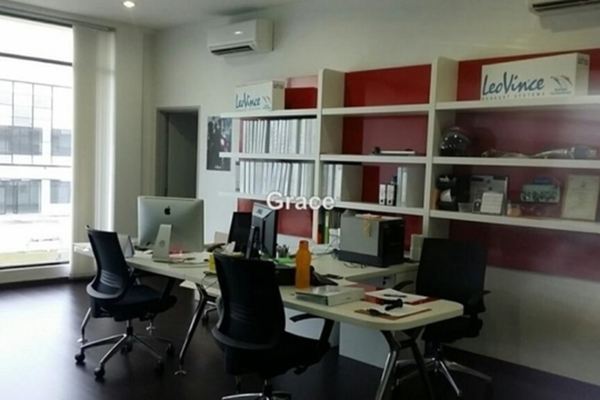 For Rent Factory at Eco Business Park I, Johor Bahru  Semi Furnished 2R/2B 12k